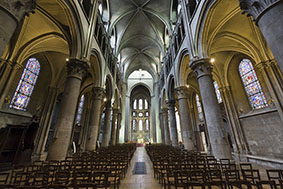 Dijon (Cote-d'Or, Burgundy, France) - Interior of the Notre-Dame church, in gothic style